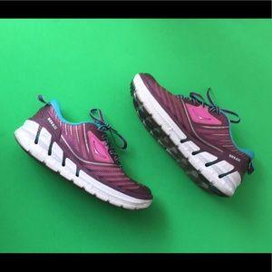 Hoka One One Running Shoe Size 7.5